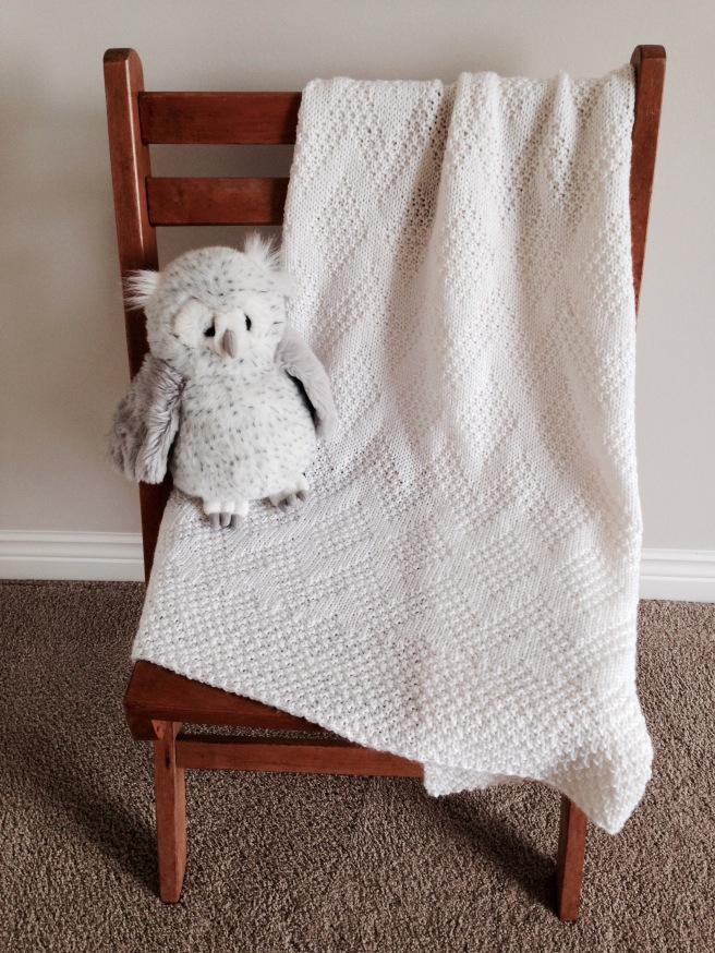 TAVIE Baby Blanket Pattern by Allison O'Mahony @kniterations